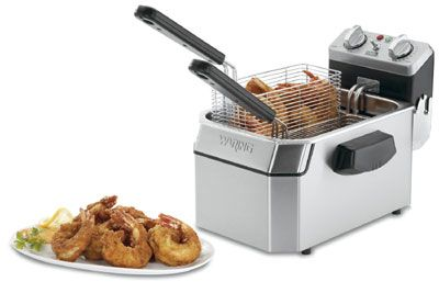 July 29 is #NationalWingDay! Turn up the heat with this Waring WDF1000 Countertop Electric Fryer - (1) 10-lb Vat,120v
