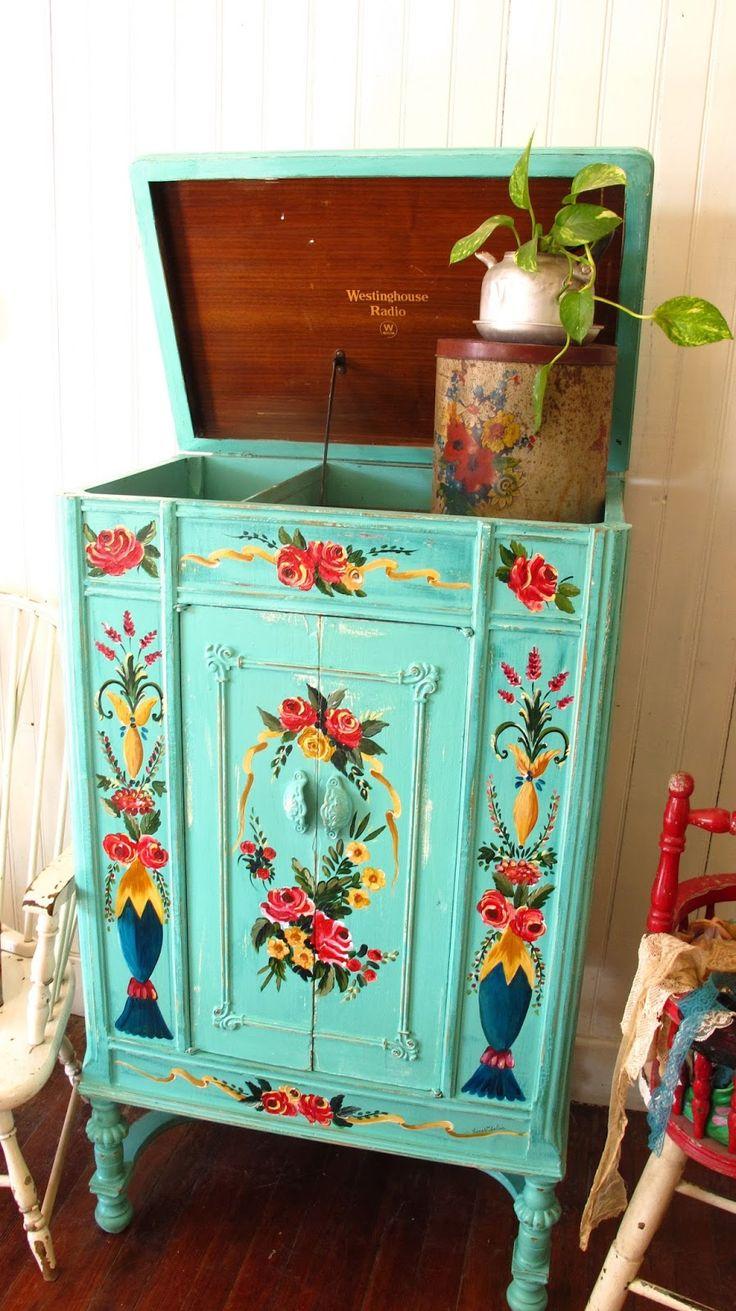 17 mejores ideas sobre mesas pintadas en pinterest - Muebles de entrada vintage ...
