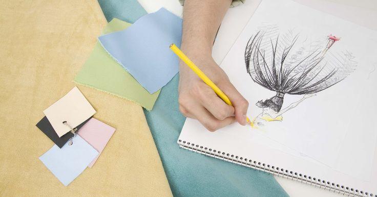 Como colorir desenhos de design de moda. Um belo desenho de moda é definido por vários elementos, mas nenhum mais importante do que a coloração. As cores e o método usado para colorir farão seu desenho destacar-se dos outros e chamar a atenção de um possível empregador. Seguindo esses passos simples, você logo terá um lindo desenho para acrescentar em seu portfólio.