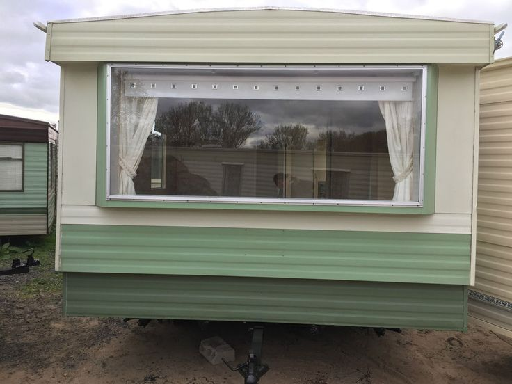 161 000 руб  STATIC CARAVAN FOR SALE OFF SITE MAKE ABI RIO VISTA 28X10 COLOUR GREEN AND CREAM 2 BEDROOMS 6 BERTH. FULLY FITTED FURNISHED LPG GAS FIRE HOB/OVEN WRAP AROUNF BUNKS DINING AREA GALLEY KITCHEN 1 DOUBLE BEDROOM 0NE TWIN BEDROOM. | eBay!