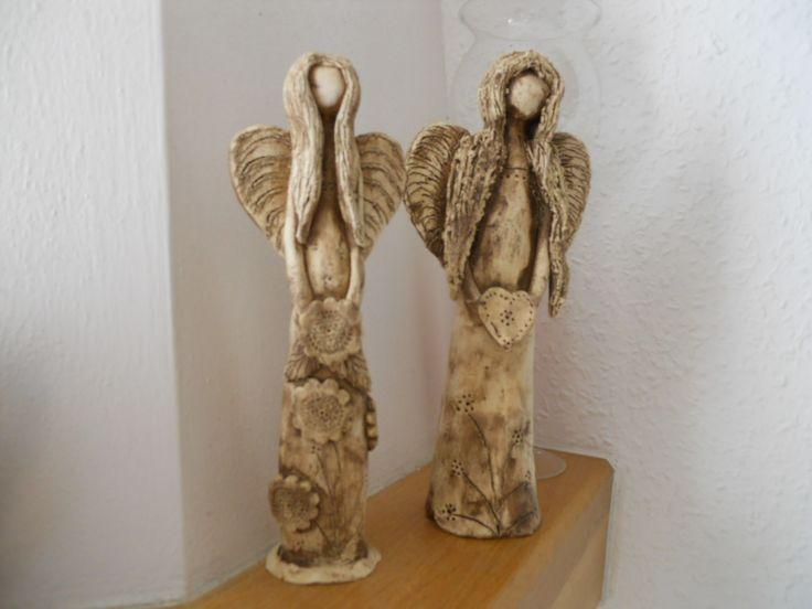 Andělé keramika