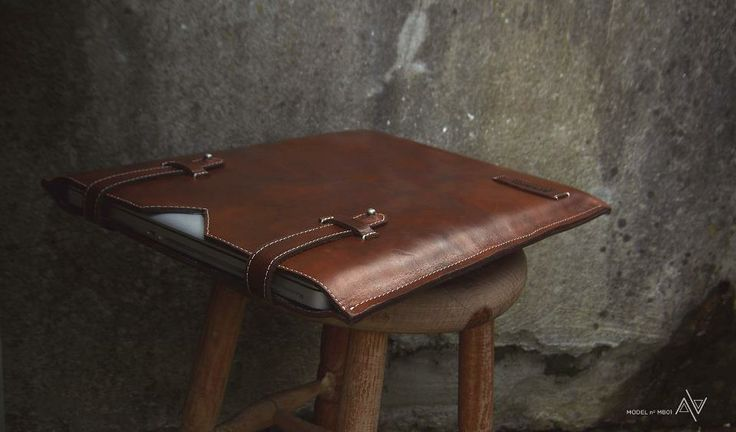 Macbook Pro Case in genuine leather by APRIMITIVA http ...