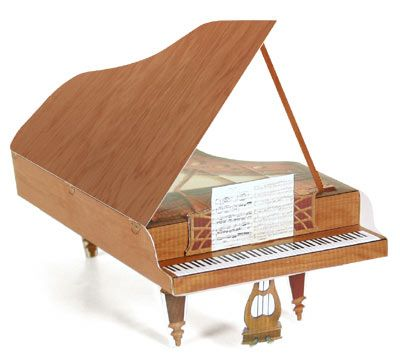Download and print this fold up piano for your Beethoven or Mozart Action Figure!: Piano Teacher, Music Instruments, Grand Piano, Papercraft Models, Papercraft Downloads, Piano Free, Free Papercraft, Paper Crafts, Piano Teaching