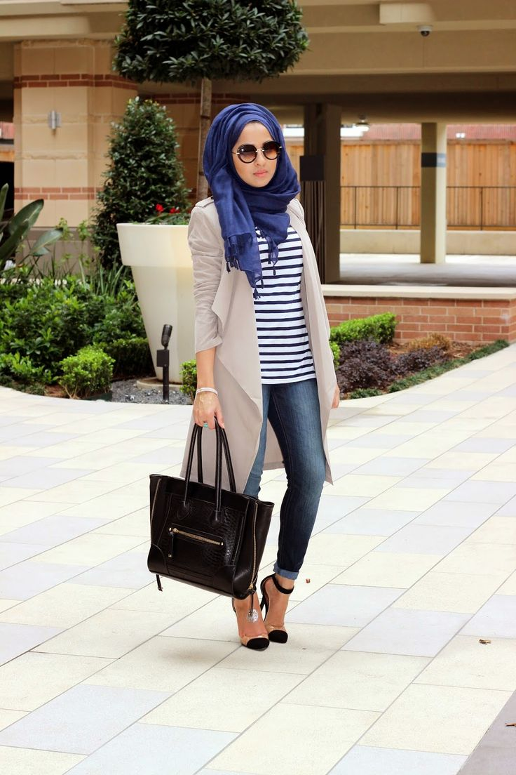 I'm all about stripes, skinny jeans, a trench, and a big bag.  Love the navy scarf with a trench! - Sincerely Maryam