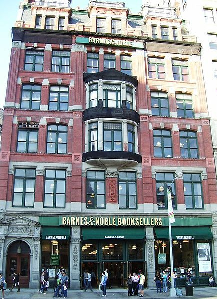 barnes and noble union square - THIS IS A FOUR STORY BARNES AND NOBLE. I MUST GO.