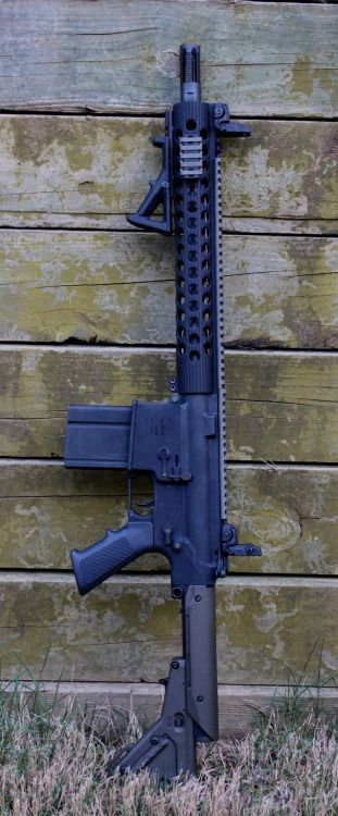 "Armalite AR-10 A4 Magpul UBR Stock Magpul MBUS F/R Sights Magpul Angle Grip Troy Extreme BattleRail 13.8"" YHM Phantom 7.62 Flash Hider"