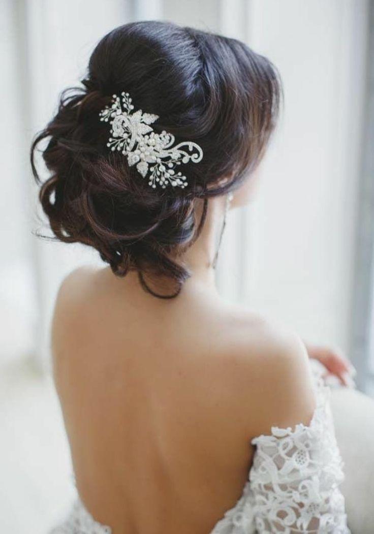 Brautfrisuren hochgesteckt schlicht  Die besten 25+ Hochzeitsfrisur hochgesteckt Ideen auf Pinterest ...