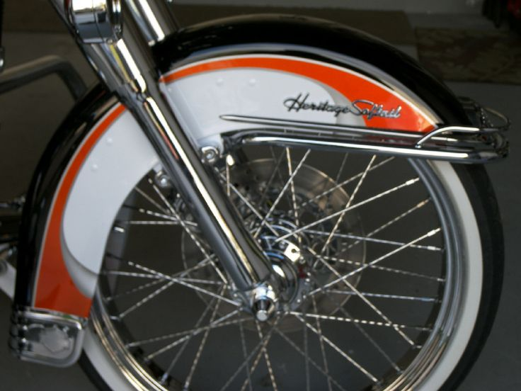 Harley Softail Front Fender: OEM Softail Deluxe Front Fender