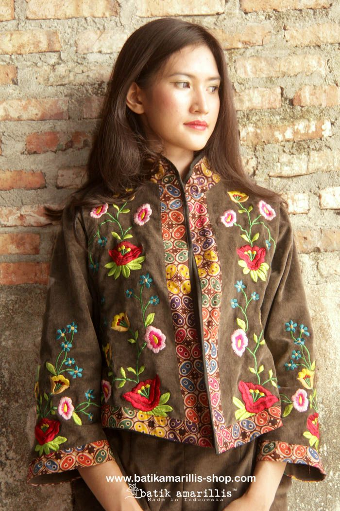 batik amarillis's torera vest  AVAILABLE at www.batikamarillis-shop.com it's a matador/bullfighter inspired jacket ..This is when the very feminine style meet masculine look of the tuxedo or the toreador silhoutte