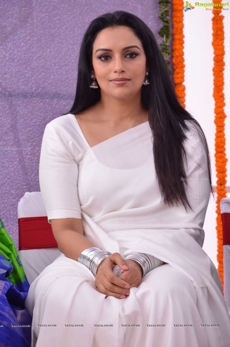 Shweta Menon at She Movie Press Meet | Telugu Actress Photo Gallery