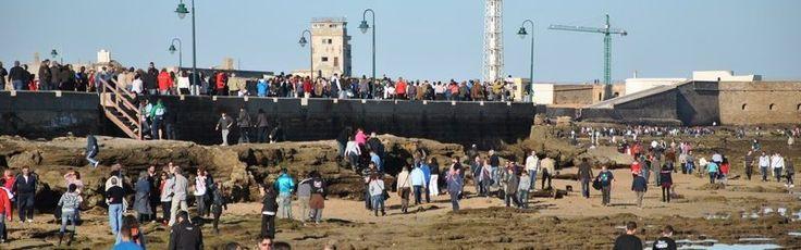 11-03-2011 Bajamar equinoccial en Cádiz