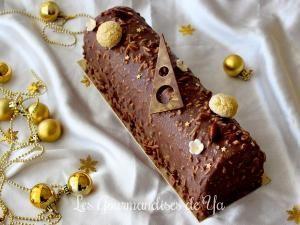 Bûche praliné, vanille et chocolat • Hellocoton.fr