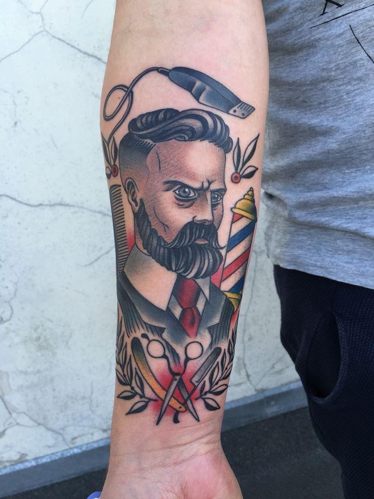 Barber Tattoo neotraditional oldschool
