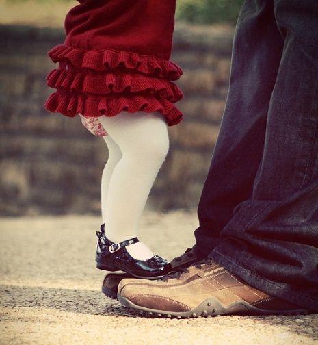 Cosas que jamás me dijeron sobre tener una hija… escrito por un papá enamorado ⋮ Es la moda