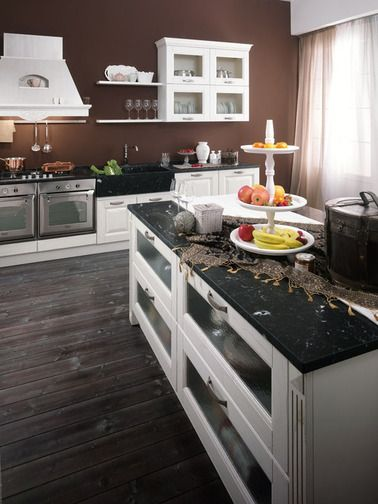 An environment of other times, a stove around which to gather ... without giving up modern accessories. Kitchens where you can rediscover tradition. http://www.spar.it/sp/en/arredamento/cucine-bil-4.3sp?cts=cucine_classiche_bilbao?utm_source=pinterest.com&utm_medium=post&utm_content=cucine-classiche-bilbao&utm_campaign=pin-cucine-classiche