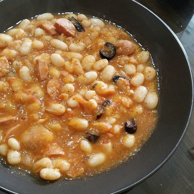 Bean soup from Pelion #cooklikegreeks #beansoup