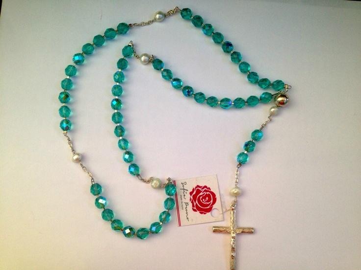 Sofia prono rosario de cristal checo verde agua con for Como limpiar un rosario de plata