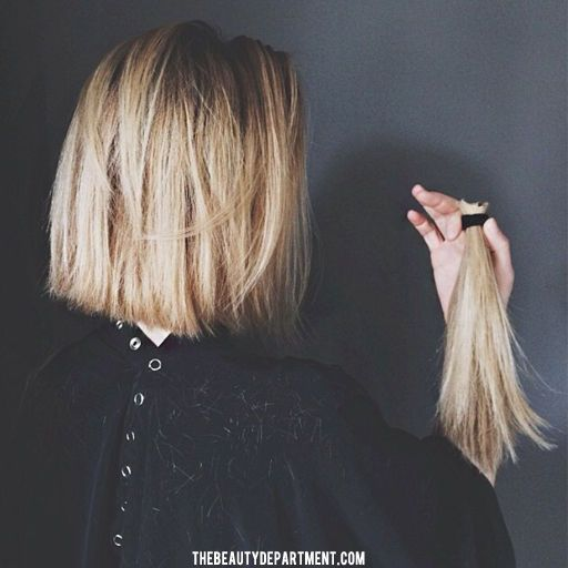 I would love a textured bob that clears my shoulders. I would like softened bluntness on the bottom and I would like it to fall somewhere between my chin and my shoulders when it's dry.