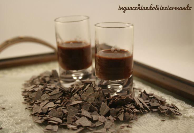 Liquore+al+cioccolato+extra+fondente