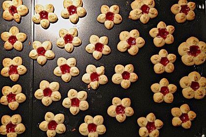 Kirschblüten, ein sehr schönes Rezept aus der Kategorie Kekse & Plätzchen. Bewertungen: 23. Durchschnitt: Ø 4,4.