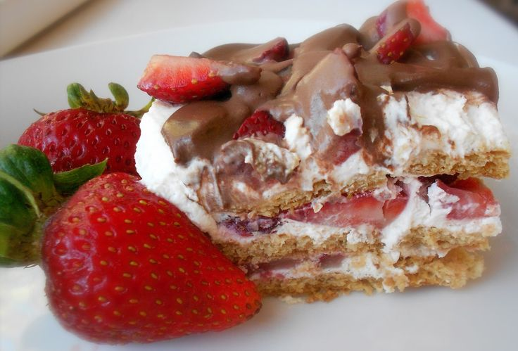 Strawberry Icebox Cake - 5 ingredients, no bake AMAZINGNESS. Description from pinterest.com. I searched for this on bing.com/images