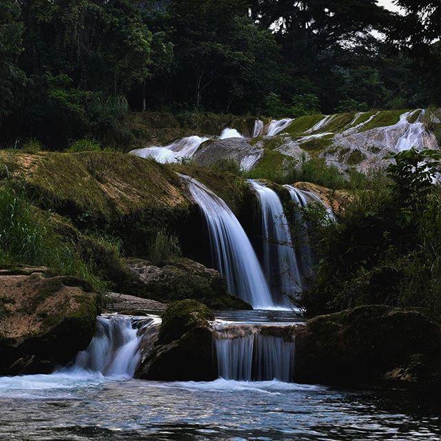 #cuba #beautifuldestinations #destination #roadtrip #color #colors #creativephotography #creativephotographer #travel #people #landscape #storytelling #storyteller #elegance #instatravel #instadestination #instagood #instadaily #instamood #instalike #instapic #cp_sofikitis #instalifo #people #photojournalism #nature #waterfall #river