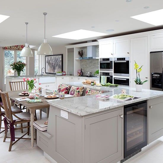Colour mix & bench seating Pale grey kitchen with island unit | Kitchen decorating | housetohome.co.uk