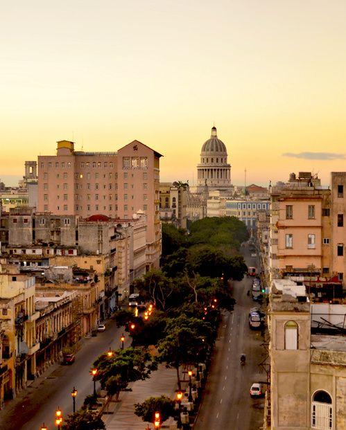 Guide meilleurs adresses a la Havane Cuba hotels restaurants musees | Vogue http://www.vogue.fr/voyages/adresses/diaporama/guide-meilleurs-adresses-a-la-havane-cuba-hotels-restaurants-musees/31269#un-hotel-myhtique-lhotel-nacional-la-havane-cuba