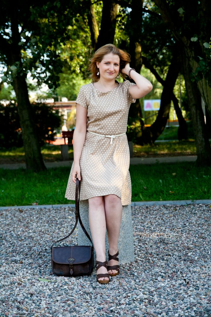 LOTD: Pretty woman, walkin' down the street...