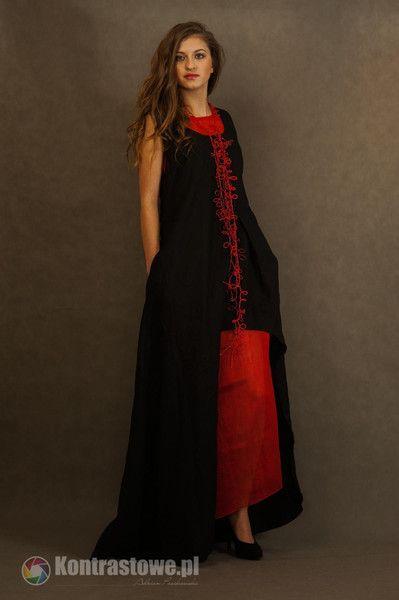 lniana czarno -czerwona sukienka - Estera-Grabarczyk - Sukienki ekologiczne