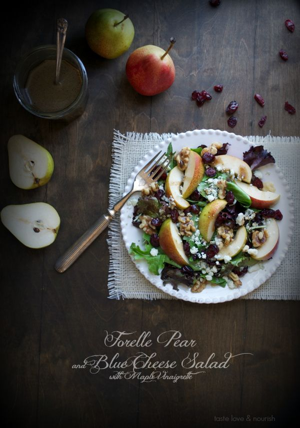 Forelle Pear and Blue Cheese Salad with Maple Vinaigrette | taste love and nourishBlue Chees Salad, Forel Pears, Forelle Pears, Baby Kale, Healthy Dinner Recipes, Cranberries Salad, Maple Vinaigrette, Blackberries Salad, Blue Cheese Salad