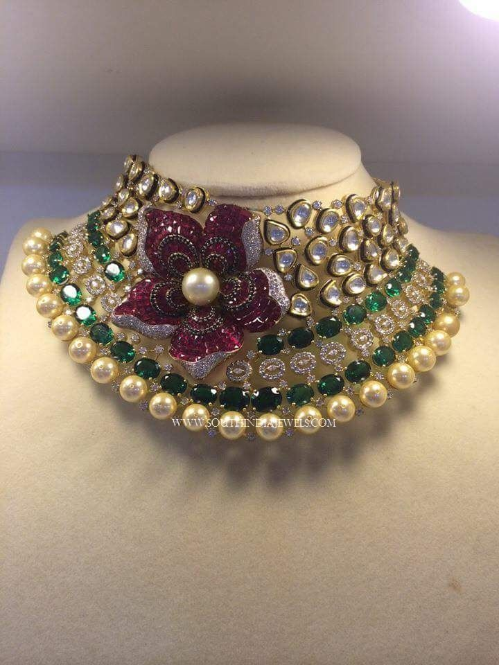 80 Grams Gold Choker Necklace Designs, Gold Choker Necklace Models in 80 Grams, Gold Kundan Choker Necklace Collections.