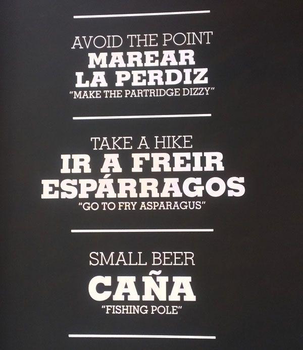 Cartel en el bar Estado Puro de Madrid. ARGOT ESPAÑOL