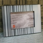 "Borna Photo Frame for 4""x6"" (10 x 15cm)"