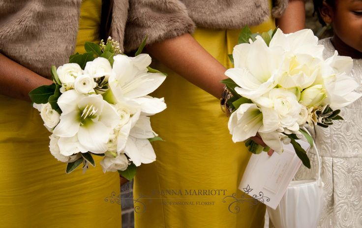 White amaryllis Bridesmaids' Bouquet