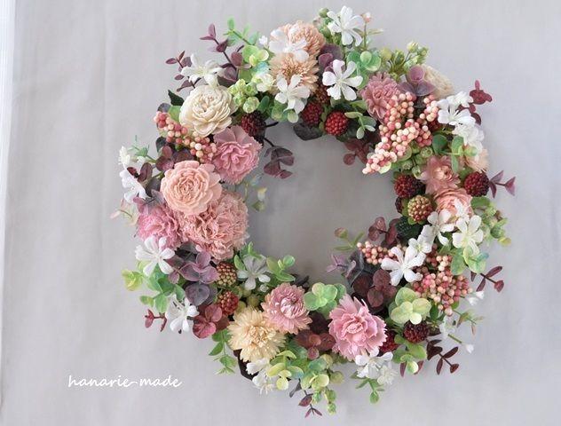 ハンドメイドマーケット minne(ミンネ)| フランボワーズとピンクの実:wreath