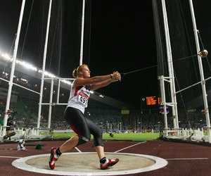 Hammer Throw olan. going to do this in college track this spring!!!
