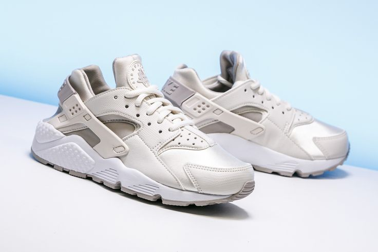 """Nike dresses the classic Air Huarache Run in a women's exclusive """"Phantom"""" colorway just in time for summer."""