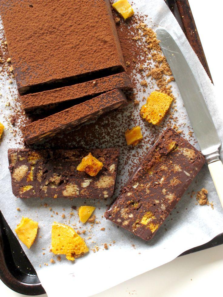 Bourbon Chocolate Honeycomb Biscuit Cake // Victoria Sponge Pease Pudding