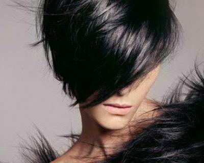 Un diavolo per capello: colore, trattamento idratante o ristrutturante, shampoo e piega a soli 29 €, anziché 60 €. Risparmi il 52%! | Scontamelo.it