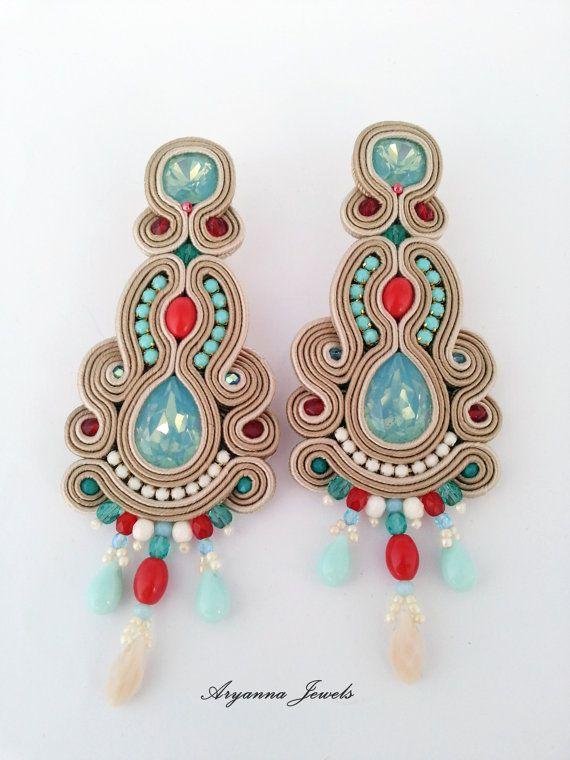 Soutache earring di Etsy su https://www.etsy.com/it/listing/267475849/orecchini-soutache-big-aruna