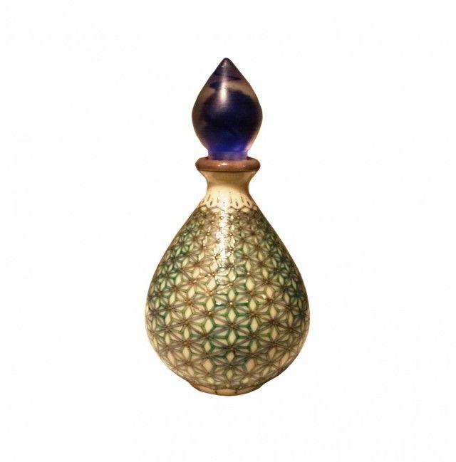 九谷焼 麻の葉 香水瓶 - 暮らしと工芸 美和