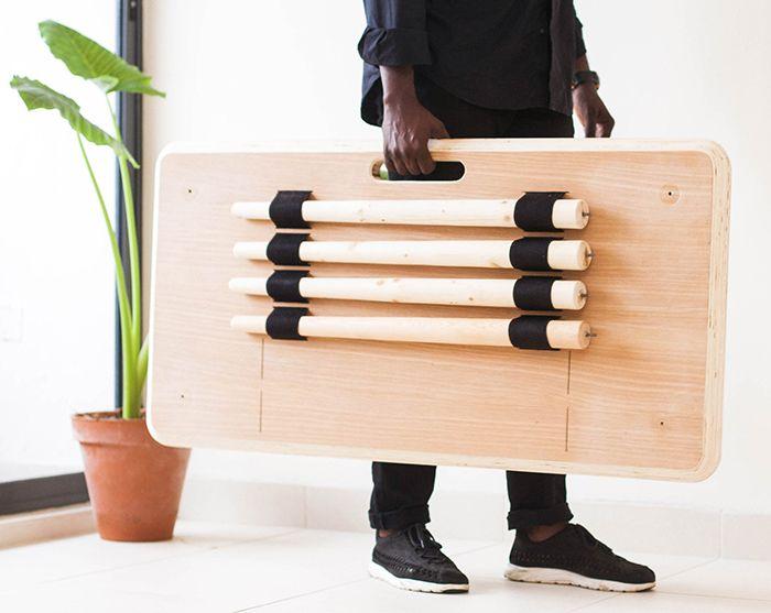 アフリカの都市で生まれた、持ち運びやすいテーブル「Tebur」 | roomie(ルーミー)