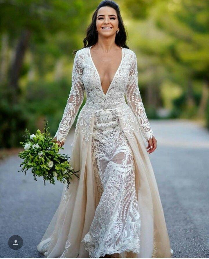 9ee81de9fa Pin de Alessandra Magalhães em vestidos de noiva -wedding dresses ...