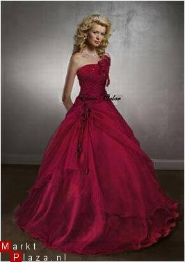 Red weddingdress - rode trouwjurk