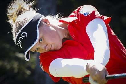 Canadiana Brooke Henderson no 'Canadian Pacific Open Golf Tournament' Feminino…