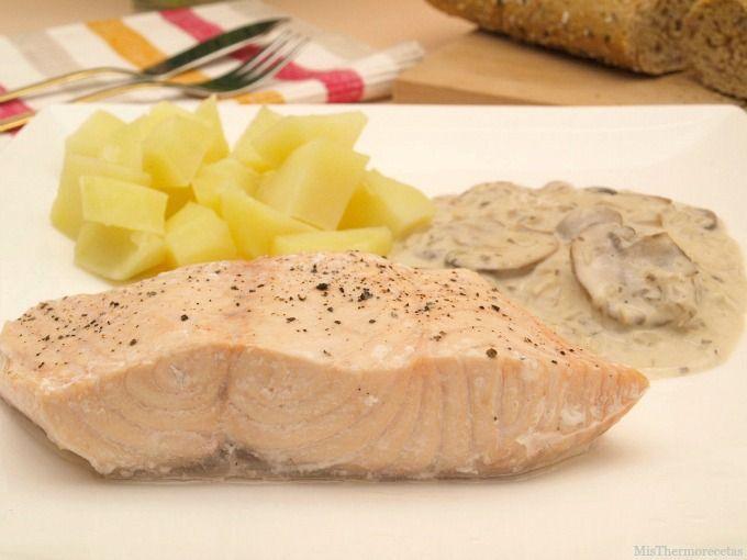 Salm n con salsa de champi ones y patatas - Salmon con champinones ...