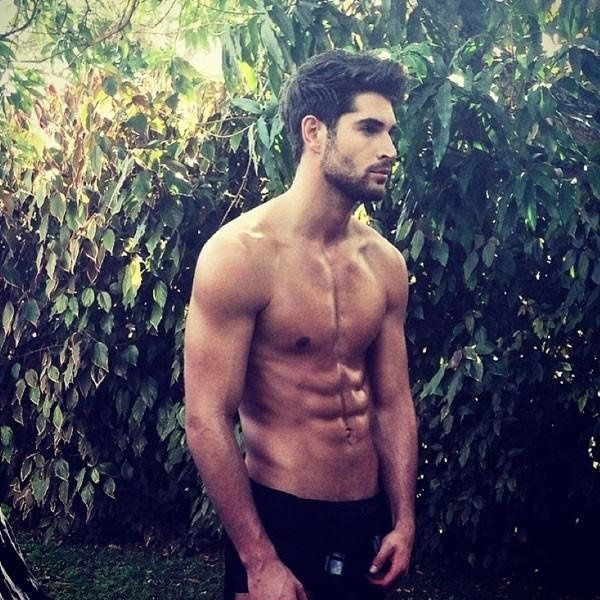 Nick Bateman #man #actor #handsome #people #spread #radiator #beard