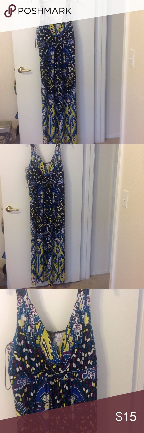 TODAY ONLY $10 Maxi dress Blue, green purple and white maxi dress. New but no tags. Crisscrossing buttocks. Covington Dresses Maxi