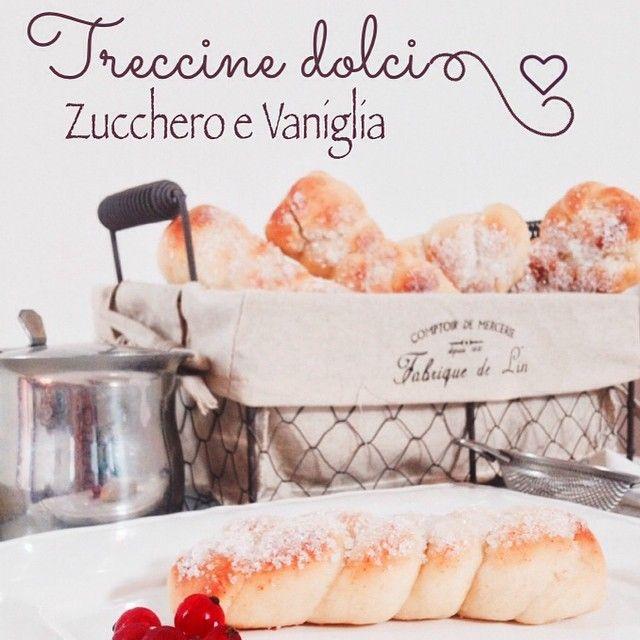 Domani mattina grande colazione nella nostra cucina...mi sono lasciata andare! Anche le Treccine con lo zucchero! Domani la ricetta su: www.amorezenzeroecannella.com